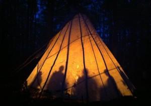 teepee-illuminated
